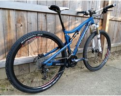 Santa-Cruz-Tallboy-Carbon-Compete-Right-Rear